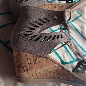 Dolce Vita Shoes - Stitch Fix Dolce Vita Loraine Ghillie wedge heels